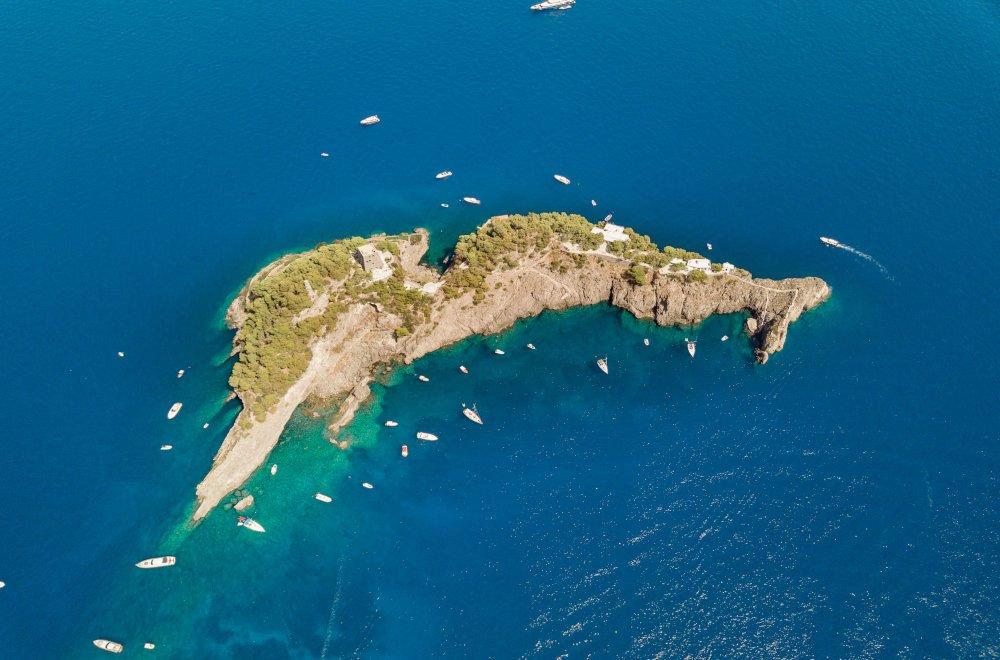 Boat excursion to Positano on the Amalfi Coast