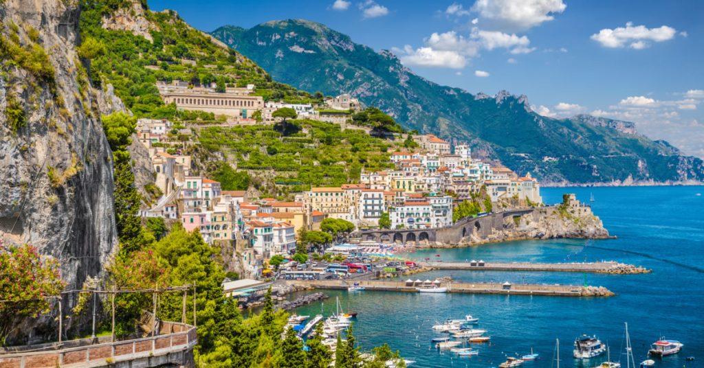 escursione in barca giornaliera ad Amalfi